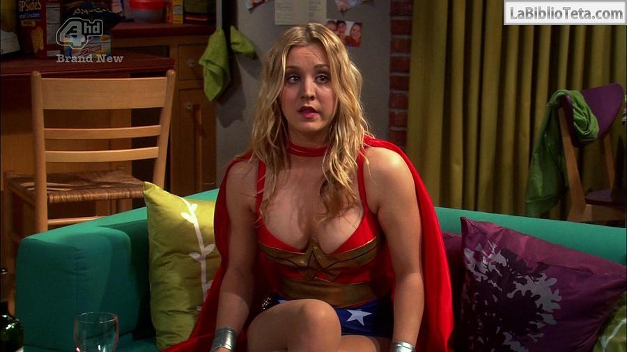 Kaley Cuoco - Wonder Woman 01