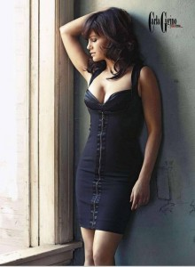 Carla Gugino - Esquire 02