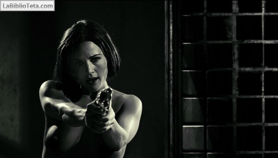Carla Gugino - Sin City 01