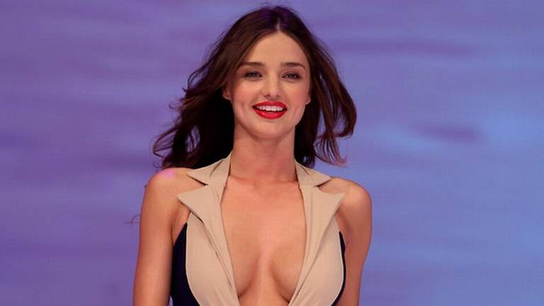 miranda kerr huge boobs