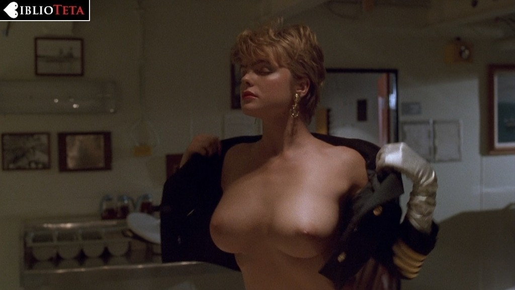 Erika Eleniak - Under Siege 01