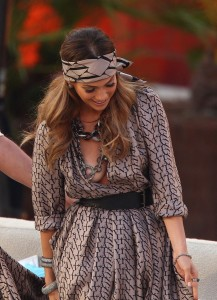 Jennifer Lopez nipple slip 06