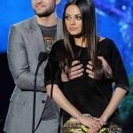 Justin Timberlake y Mila Kunis 04