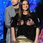 Justin Timberlake y Mila Kunis 05