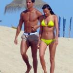 Irina Shayk bikini -Cristiano Ronaldo 03