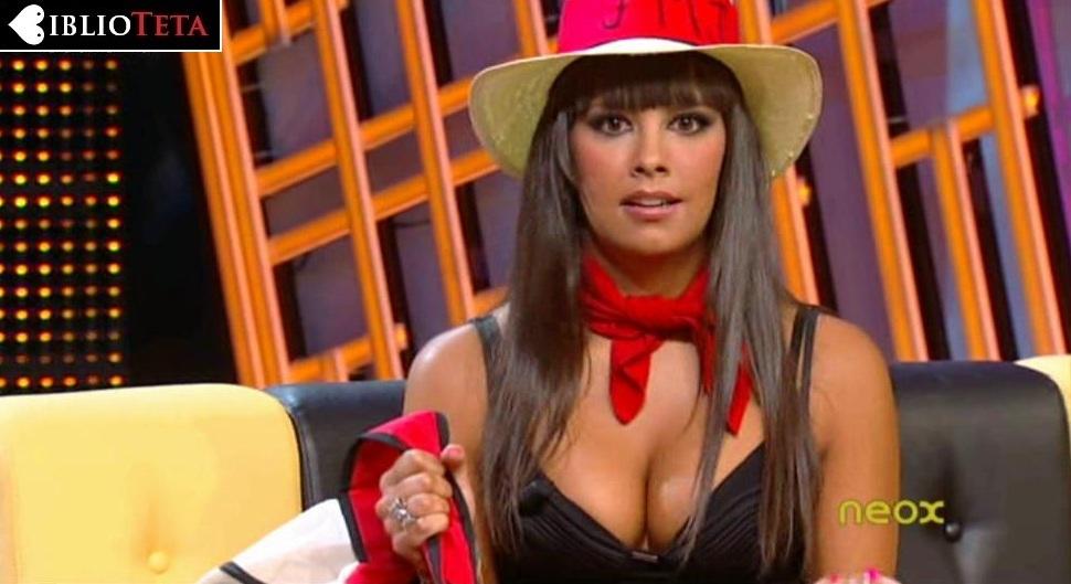 Cristina Pedroche sombrero 01