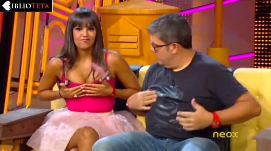 Cristina Pedroche tirantes rosas 01