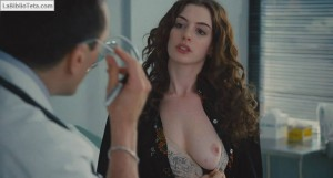 Anne Hathaway - Love and Other Drugs 03