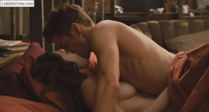 Anne Hathaway - Love and Other Drugs 11