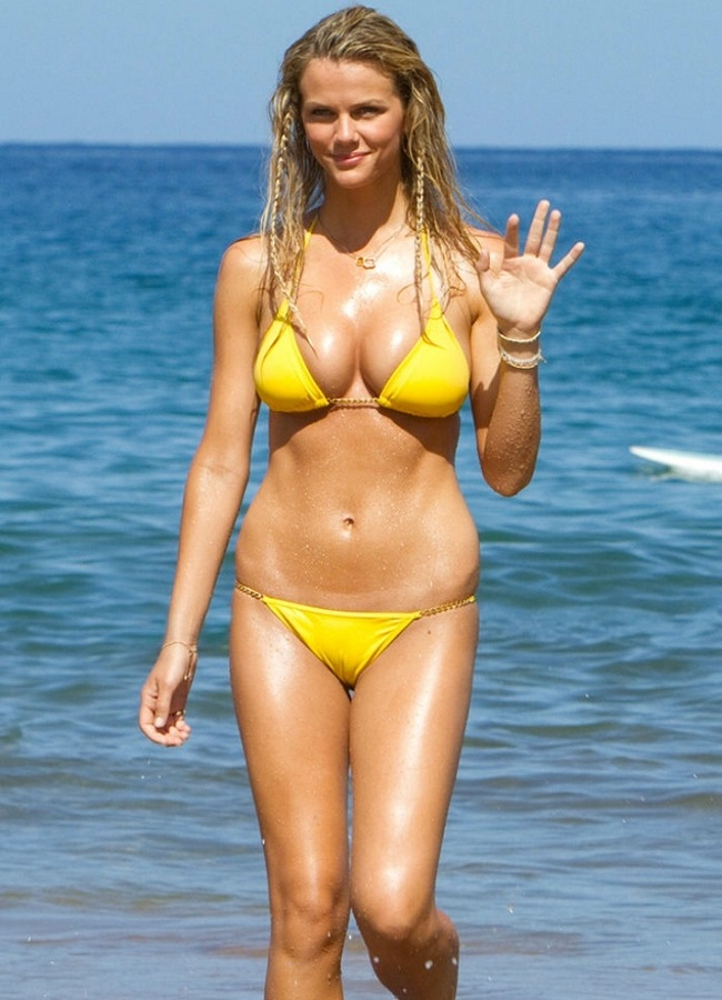 Brooklyn Decker yellow bikini 01