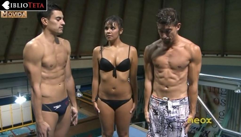 Cristina Pedroche bikini Otra Movida 01