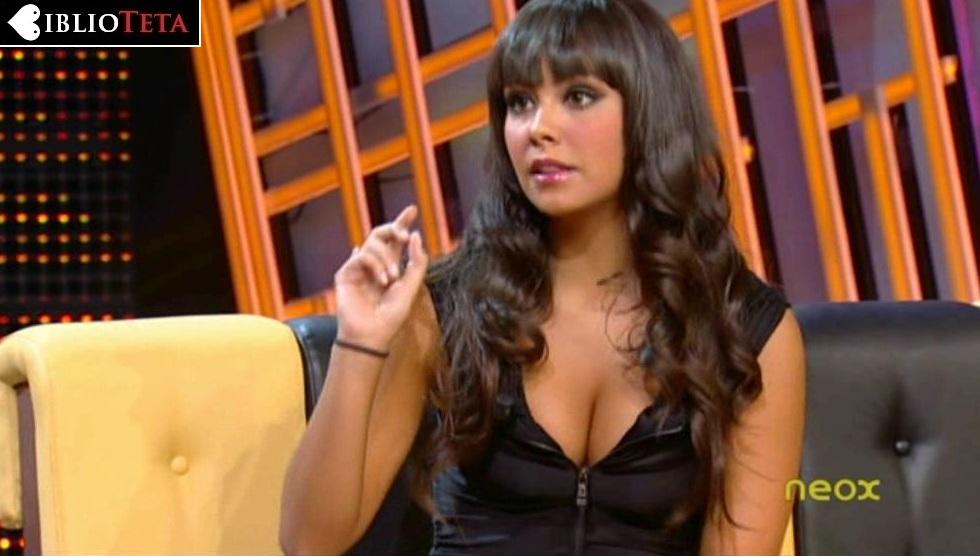 Cristina Pedroche cremallera 01