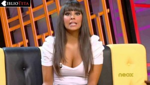 Cristina Pedroche escote blanco 02