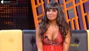 Cristina Pedroche sujetador asomando 03