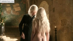 Emilia Clarke - Juego de Tronos 02