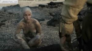 Emilia Clarke - Juego de Tronos 09