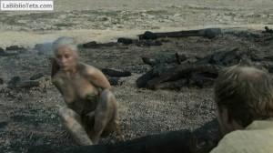 Emilia Clarke - Juego de Tronos 10