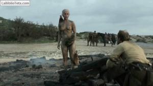 Emilia Clarke - Juego de Tronos 11
