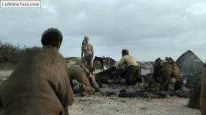 Emilia Clarke - Juego de Tronos 12