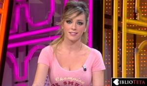 Anna Simon rosa 04