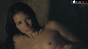 Katrina Law - Spartacus Blood and Sand 1x09 - 01