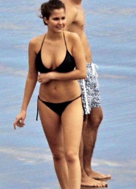 Natalia-Sanchez bikini