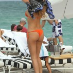 Aida Yespica bikini 13
