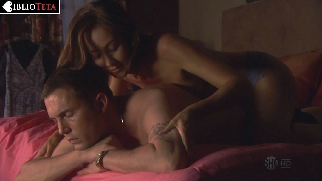 Courtney Ford Desnuda En La Temporada 4 De Dexter