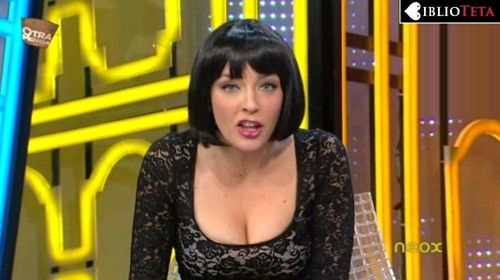 Anna Simon morena 01