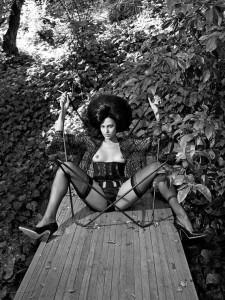 Eva Mendes - Vogue 04