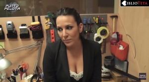 Irene Junquera escote videoblog 06