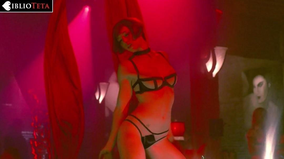 Jessica Biel desnuda en la pelcula Powder Blue