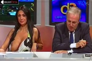 Marika Fruscio nipple slip 03