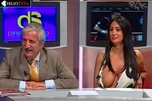 Marika Fruscio nipple slip 04