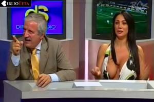 Marika Fruscio nipple slip 05