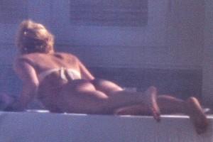 Shakira thong Miami 06
