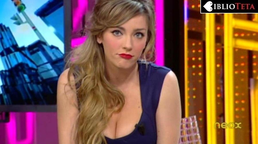 Anna Simon labios rojos 01