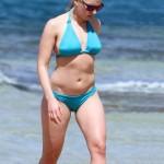 Scarlett Johansson bikini 02
