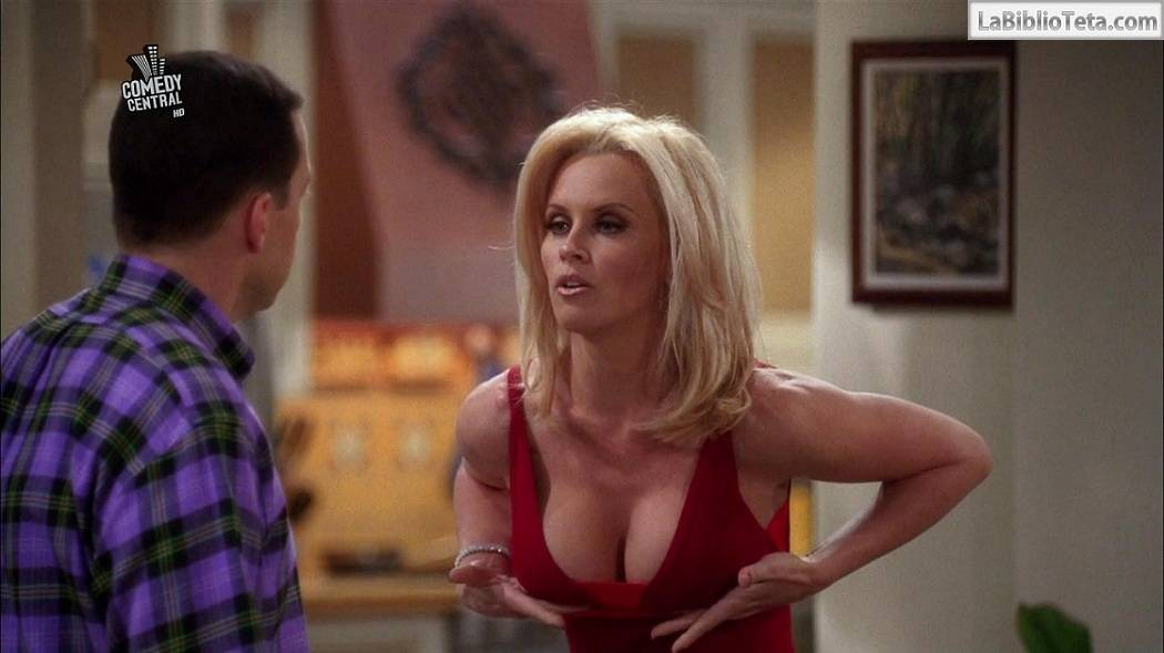 Jenny McCarthy - Two And A Half Men 01