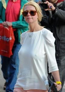 Tara Reid pokies Cannes 03