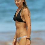 Anna Torv - Hawaii 05