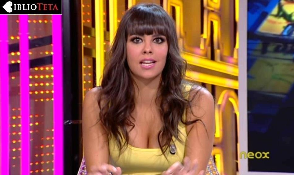 Cristina Pedroche amarillo 01