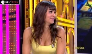 Cristina Pedroche amarillo 04