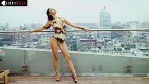 Irina Shayk making of 01