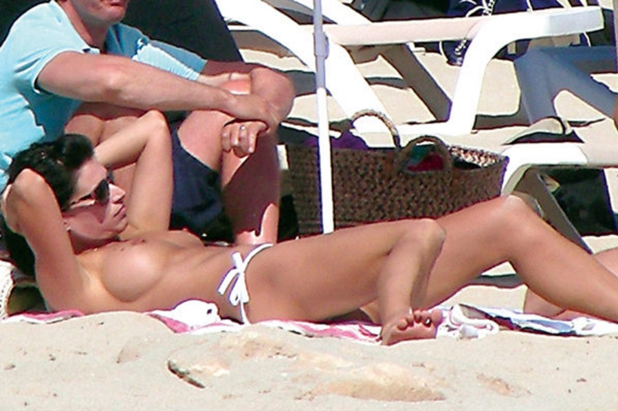 Sonia Ferrer topless