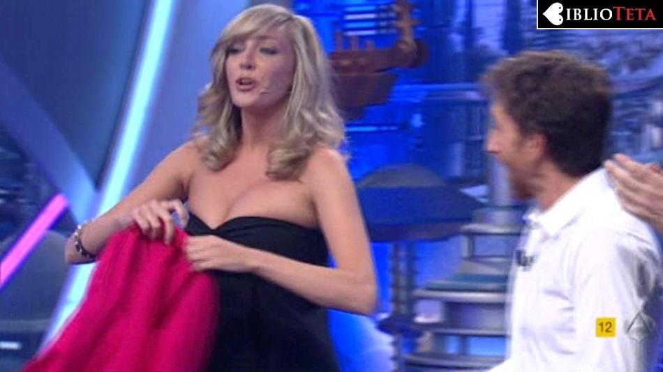 Anna Simon Hormiguero 01