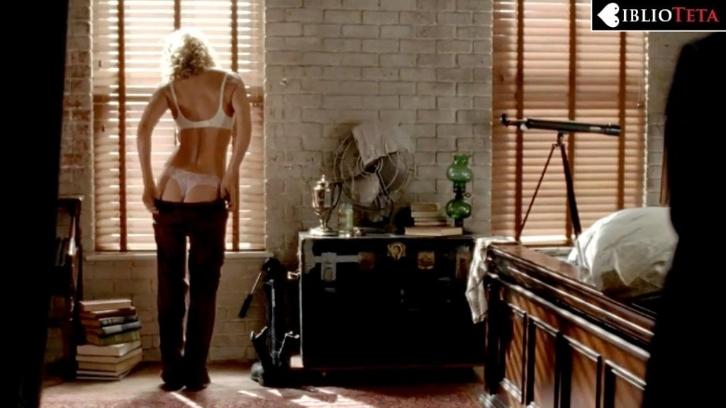 Laurie Holden - The Walking Dead 01