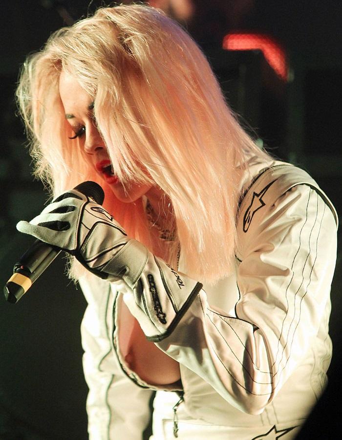 Rita Ora nipple slip 01