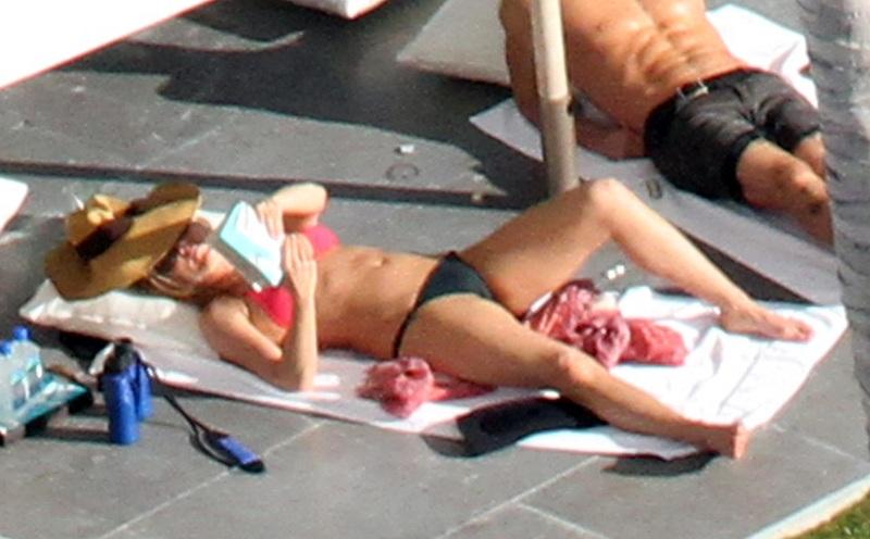 Jennifer Aniston Topless Sunbathing