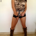 Alicia Young militar 03